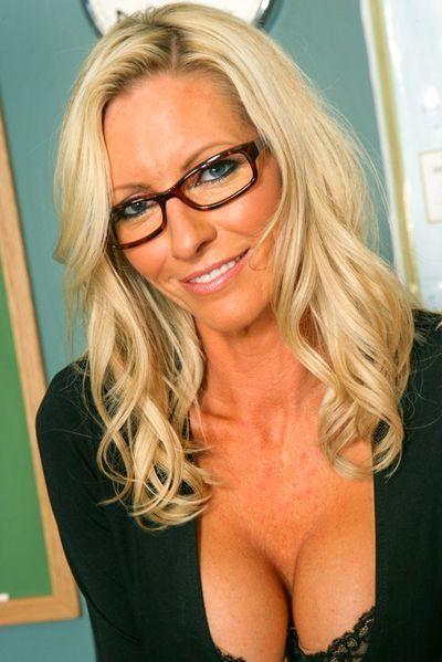 Anmachende Sex Anouncen für Erotikkontakte mit Bitches