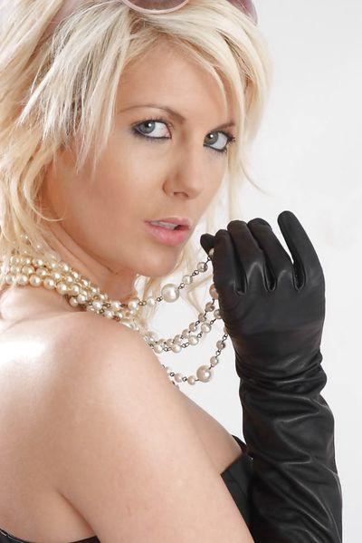Anmachende Sexpostings für Sexkontakte mit Schnitten