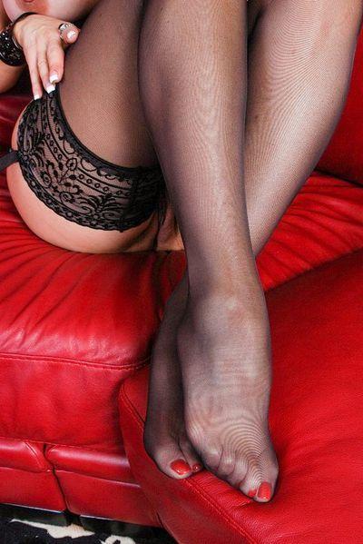 Eindeutige Sexinserate für Bums Kontakte mit MILFs