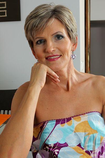 Phantasievolle Datingpostings für Privatkontakte mit Friseurinnen
