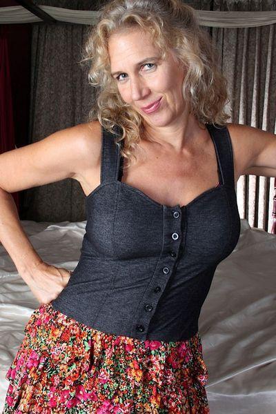 Saugeile Fickanzeigen für Erotik Kontakte mit Schlampen