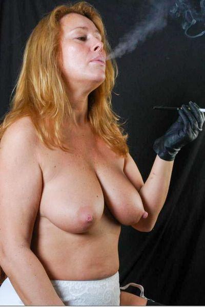 Saugeile Posts für Sex Geschichten mit Schlampen
