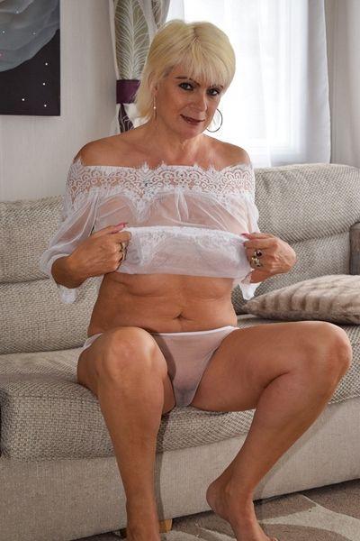 Schamlose Fick Anzeigen für Sex Affären mit Hausfrauen